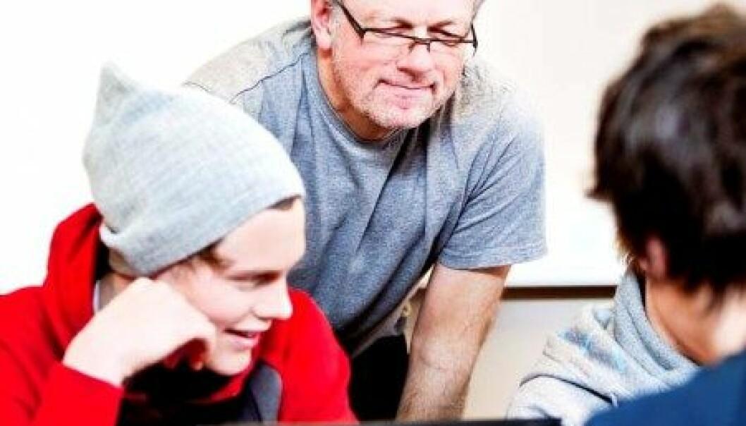 Leif Harboe er norsklærar på Bryne vidaregåande. Og ein av dei som ikkje nølermed å ta i bruk digitale læremiddel. (Foto: Elisabeth Tønnessen)