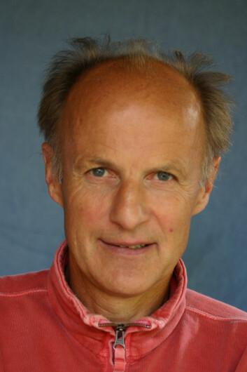 Håkon Lorentzen har sett på frivilligsentralene mellom stat, kommune og sivilsamfunn.
