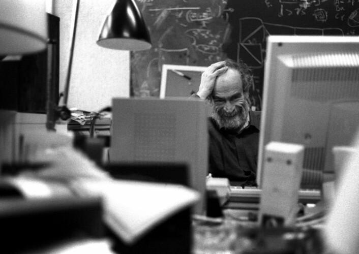 """""""Mikhail L. Gromov regnes som en av verdens fremste matematikere og en rekke geometriske prinsipper er oppkalt etter han. (Foto: Jean-François Dars) """""""