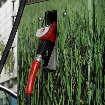 Det heter kanskje biodrivstoff, men er det miljøvennlig? (Illustrasjonsfoto: Colourbox)