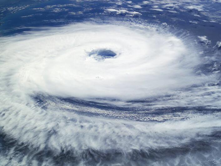 Syklonen Catarina på vei inn over Brasil i 2004, fotografert av mannskapet på den internasjonale romstasjonen. (Foto: NASA/International Space Station crew, se NASAs egen beskrivelse her)