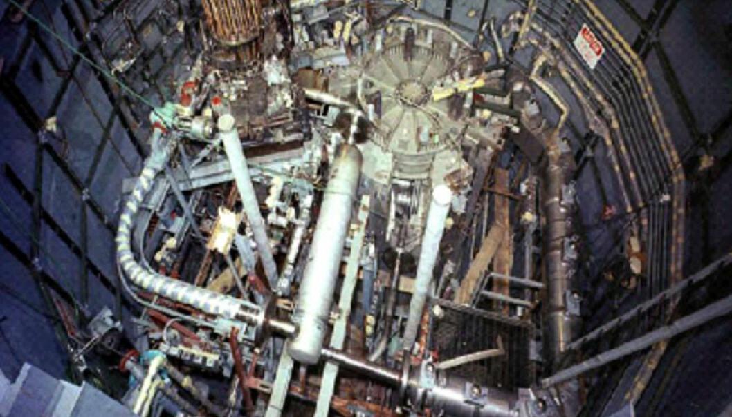 Reaktorrommet i en av de første thoriumreaktorene som ble laget, den amerikanske eksperimentelle Molten-Salt Reactor Experiment fra 1965. Framtidas kinesiske thorium-reaktorer vil også trolig bruke smeltet salt som kjølemedium. (Foto: ukj, US. government)