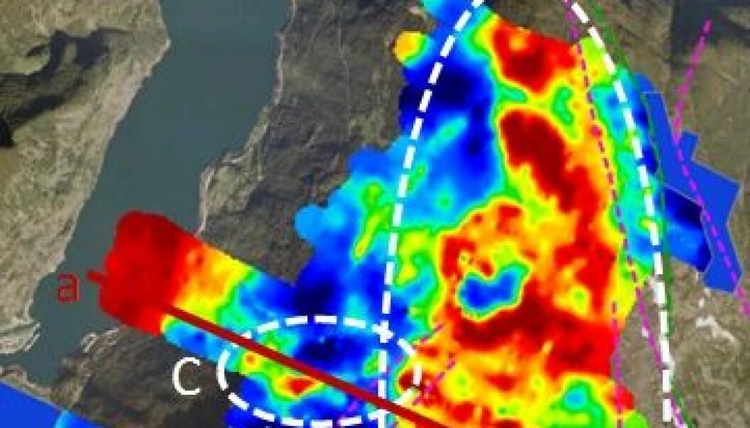 Den elektriske ledningsevnen er høy (rødt) i store områder 40-50 meter under bakkenivået i Stampa-området øst for Flåm. Områdene bør undersøkes nærmere, for å bekrefte eller avkrefte at det er snakk om fyllitt som kan danne et glideplan. (Illustrasjon: NGI)