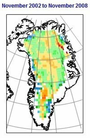 Endringene i grønlandsisen 2002-2008. Oransje og gule områder er høyere is, grønne og blå områder er lavere is. Årlig reduksjon 1,9 cm. (Figur: Johannessen mfl./NERSC)