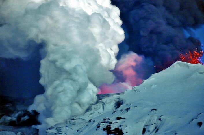 Sylskarpe askepartikler truet luftsikkerheten. (Foto: anjči)