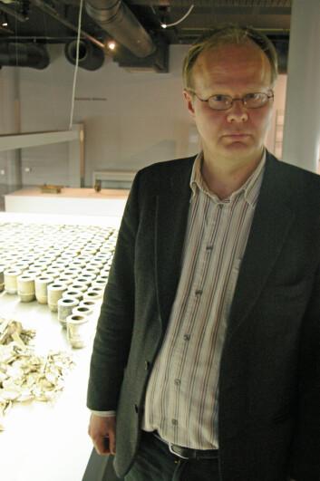 """""""Ketil Gjølme Andersen ved Norsk teknisk museum sier at det fortsatt er behov for å legge bevisene for holocaust på bordet. (Foto: Bjørnar Kjensli)"""""""