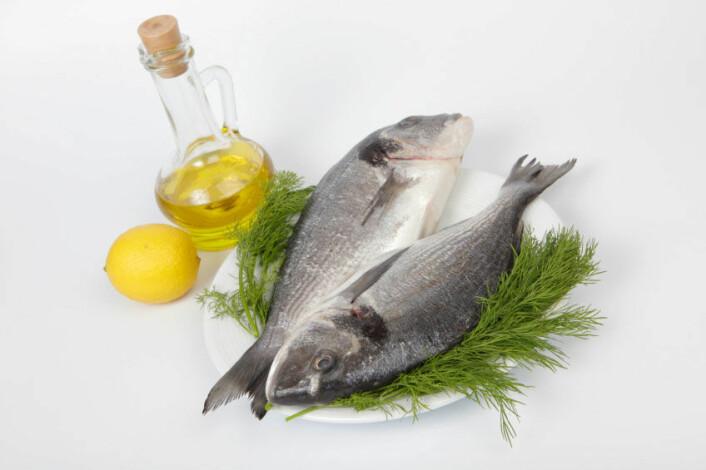 Olivenolje er viktig del av middelhavskosten. Det samme er et relativt høyt inntak av fisk. (Foto: iStockphoto)