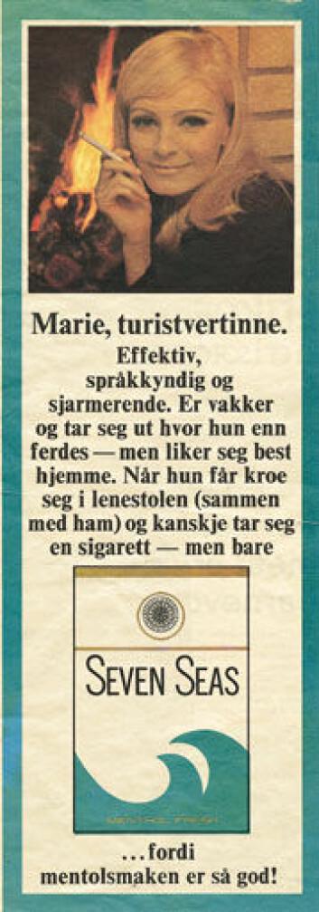 """""""... og """"moderne"""" kvinner foran peisen. Begge illustrasjoner: Fra Lund 2002 med tillatelse fra forfatteren og G. Mortensens forlag."""""""