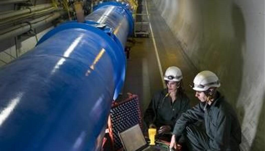 LHC skal stanses i ett år