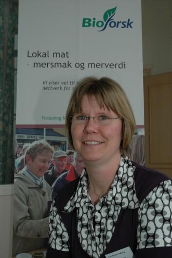 Eva Narten Høberg er opptatt av lokal mat og matkultur. (Foto: Jon Schärer)