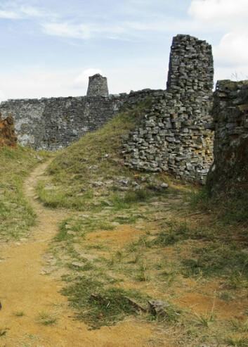 Great Zimbabwe kom på UNESCOS verdsarvliste i 1986 og er det største komplekset av ruinar i Afrika sør for Sahara. (Foto:Eivind Senneset)