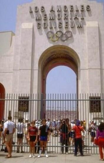 """""""Man forsøker så godt man kan å skape en forbindelse til antikken. I Los Angeles heter stadion til overmål Coliseum."""""""