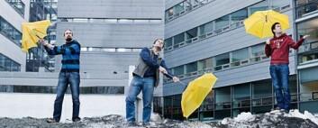 Større nasjonal tungregnekapasitet bidrar til mer nøyaktige værvarsler og bedre klimaforskning. Uninetts Tore Mauset (til venstre), daglig leder Jacko Koster og Andreas Bach har utviklet kravspesifikasjonene for Norges fire superdatamaskiner. (Foto: GT)