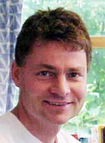 Knut Hagen er overlege i nevrologi og jobber ved Nasjonalt Kompetansesenter for hodepine ved St.Olavs hospital i Trondheim.