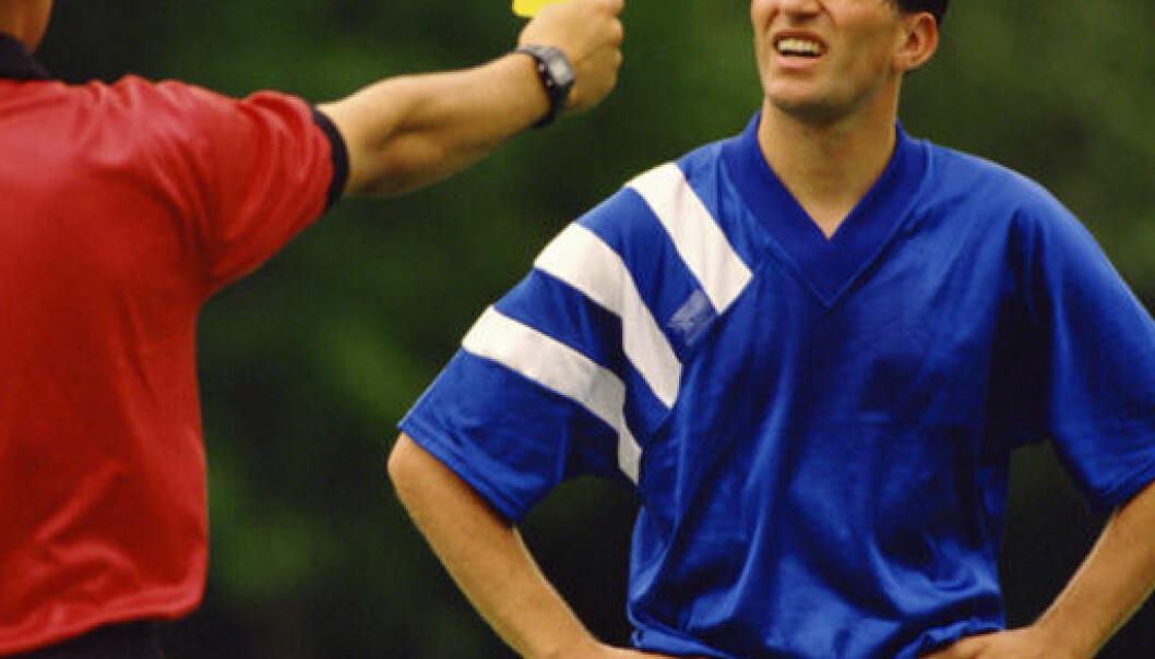 """""""Nei, du får ikke kort for å kaste ballen rett i mål - uten at den er nær noen. Men det gir ingen store fordeler heller."""""""
