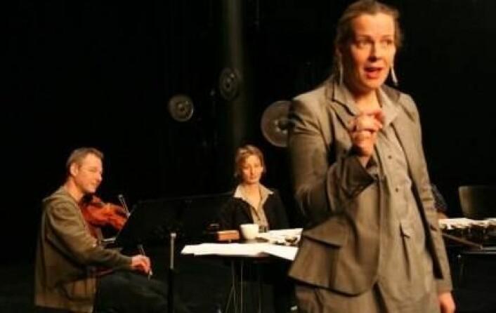 """Skuespiller Pia Maria Roll i Evilution? Regi: Marius Kolbenstvedt (Foto: Ingunn Haraldsen)"""