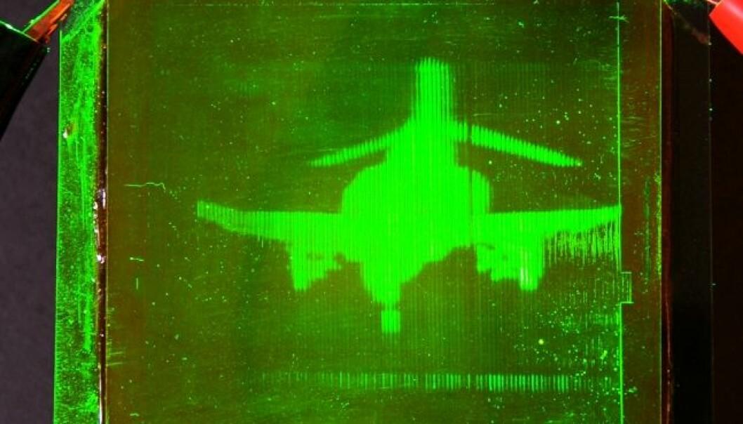 Et F-4 Phantom jetfly overført som hologram fra et sted til et annet. (Foto: gargaszphotos.com/University of Arizona)