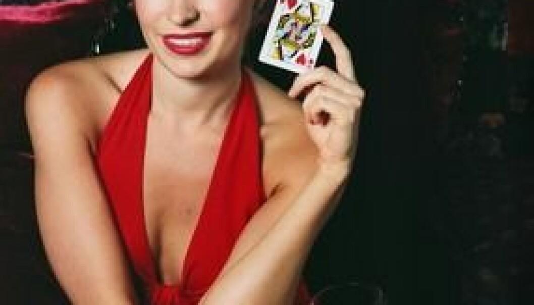 """""""Spillet var uhyre enkelt. Snudde du et svart kort, tapte du. Snudde du et rødt, så vant du. Gamblere fikk mindre utslag i hjerneaktiviteten enn vanlige folk uansett hva de snudde. Vindrikking var ikke en del av forsøket."""""""