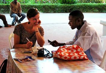 I avhandlingen om senegaleseres språkbruk på mobil og nett har stipendiat Kristin Vold Lexander ved IKOS brukt informanter fra studentmiljøet i Dakar. (Foto: Kristin Vold Lexander)