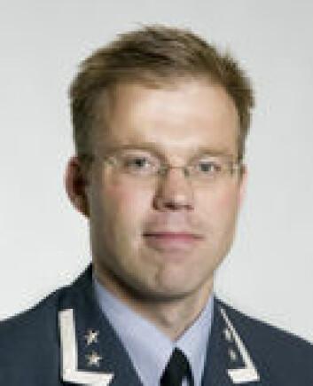 """""""Major Harald Høiback sier Norge ikke var spesielt sent ute med å få en nedskrevet nasjonal doktrine, selv om den først kom i 2000. (Foto: Forsvaret)"""""""