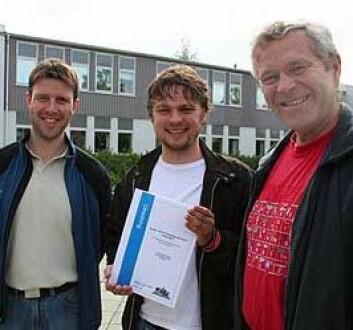 """""""Nordtrøndersk gaupe under lupen: HiNT-forskerne Pål Fossland Moa (t.v), Tor Kvam (t.h) og rovviltforvalter Lars Bendik Austmo har skrevet utredningen."""""""