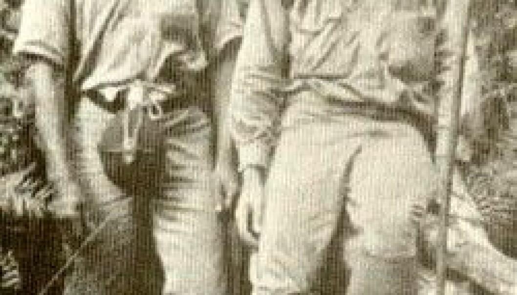 """""""Ernst Mayr (t.h.) i jungelen på Ny Guinea, 1928."""""""