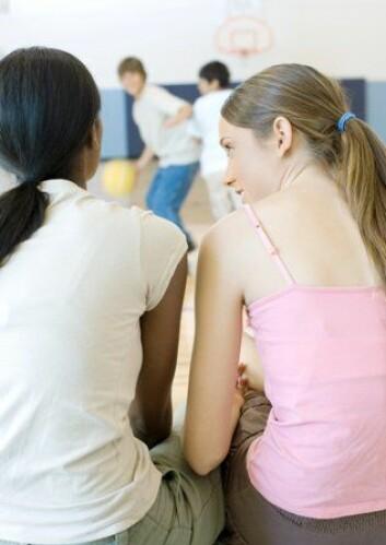 Jenters objektivisering av gutter har ikke samme kraft som gutters objektivisering av jenter, mener Harriet Bjerrum Nielsen. (Ill.: www.colourbox.no)