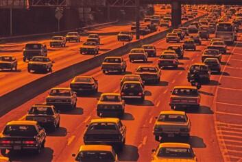 """""""Forurensing reguleres mest effektivt direkte mellom avgifter og utslippstak, ikke gjennom resirkulering, hevder artikkelen."""""""