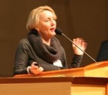Anne Inger Helmen Borge slår et slag for barnehagene. (Foto: Elin Fugelsnes)