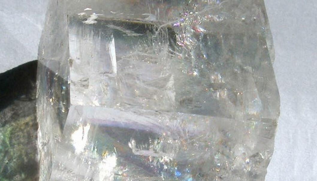 Vikingene kunne brukt krystaller av denne typen. Kalsitt finnes både i Skandinavia og Island. (Foto: Anders Sandberg)