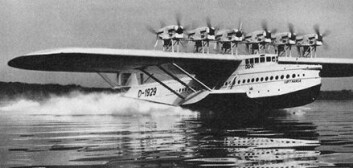 """Dornier DO X tar av fra Constance-sjøen i Sveits 21. oktober 1929."""
