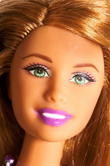 Skinnende, nesten blendende smil er mer og mer ettertraktet. Kommer vi alle til å ha hvite Barbie-glis om noen år?