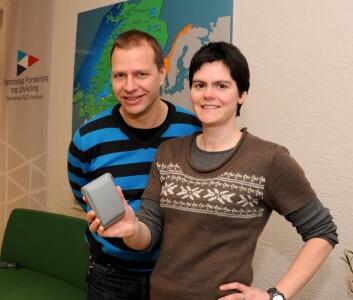 Seniorrådgiver Gunnar Nossum og rådgiver Anne Sigrid Haugset, Trøndelag Forskning og Utvikling. (Foto: Morten Stene)