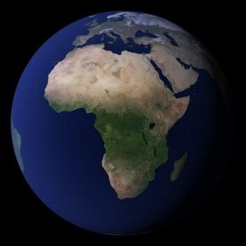 """""""Jordkloden sett fra satellitt. Bildet er satt sammen av mange fotografier slik at vi kan se en skyfri Jord. Bildet er del av en serie som NASA har kalt Blue Marble."""""""