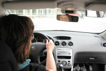 – Det bør settes av tid til refleksjon undervegs i førerprøven, mener HiNT-forsker. (Foto: Bjørnar Leknes)