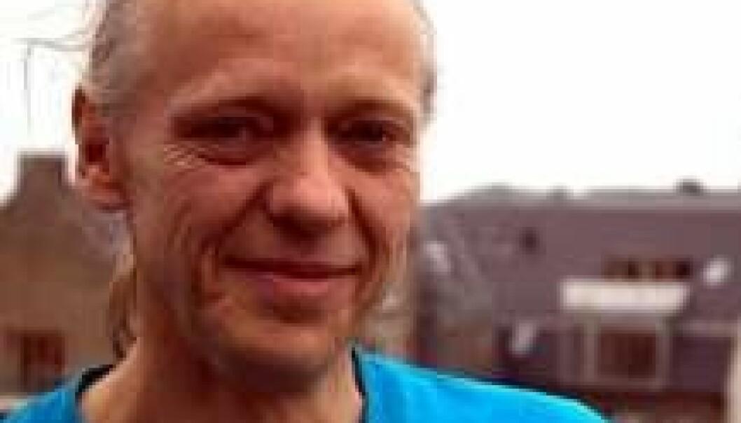 Henrik Leffers var inntil nylig forskningsleder på Rigshospitalets Avdeling for vekst og reproduksjon. Nå er han arbeidsløs etter at han på bakgrunn av sin nye oppdagelse har stilt spørsmålstegn ved om avdelingens forskning i lavdoseeffekter av hormonforstyrrende stoffer er relevant. (Foto: Sybille Hildebrandt)