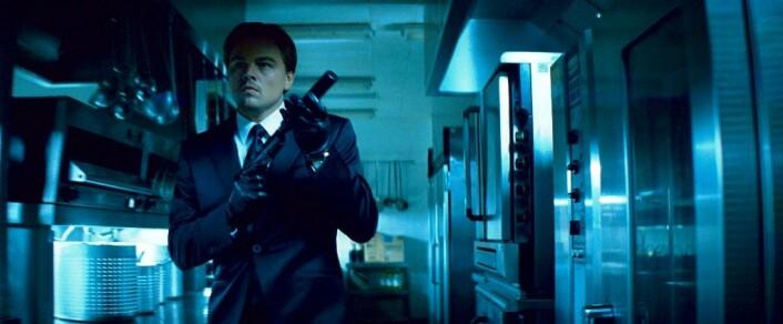 I storfilmen Insception, av regissør Cristopher Nolan, tukler Leonardo DiCaprio med forretningshemmeligheter i folks drømmer. (Foto: Warner Bros./Sandrew Metronome)