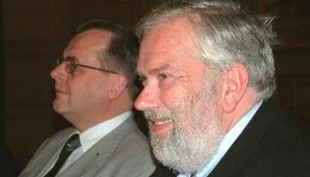 """""""Professor Prescott (til høyre) sammen med Tom Begroth, en svensk frimurer."""""""
