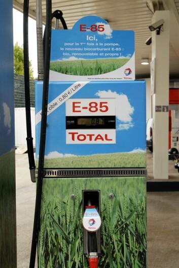 """""""Det er i dag mulig å kjøpe E85, som er 85 prosent etanol og 15 prosent vanlig bensin på rundt tjue stasjoner i Norge. (Illustrasjonsfoto: www.colourbox.no)"""""""