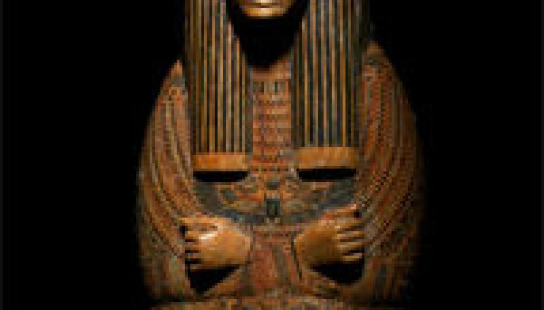 """""""Sarkofag C47714 fra 21. dynasti, som om kort tid vil stilles ut på Kulturhistorisk museum. (Foto: Fotoavdelingen KHM)"""""""