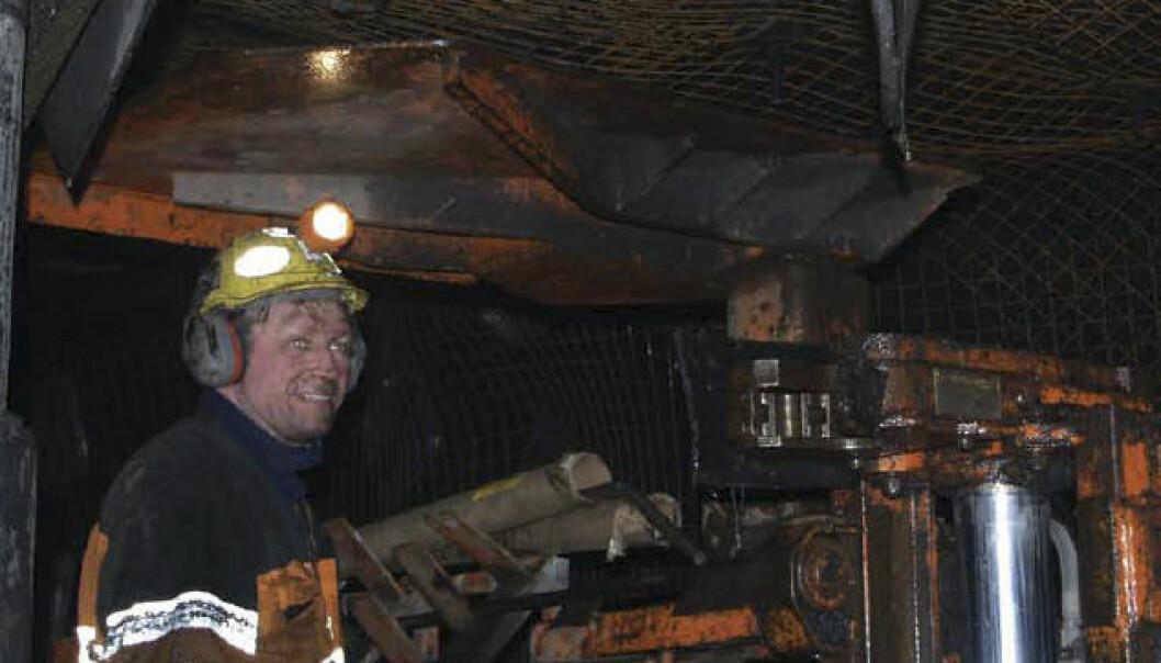 Norges kulldrift på Svalbard går fortsatt godt. To milliarder kroner var verdien av drifta i fjor. (Foto: Halvdan Carstens)