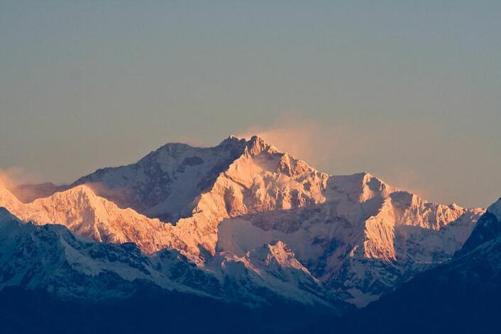 """""""Himalaya - her ligger Mount Everest i midten av bildet. (Foto: Wikimedia Commons. Se lisens)"""""""