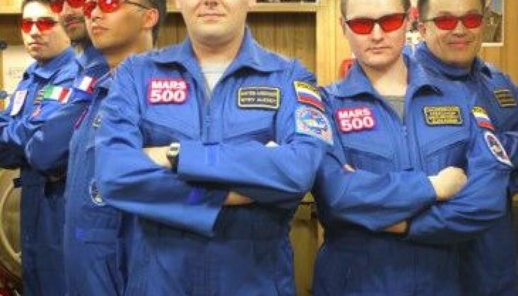 Mars500-besetninga; Diego frå Italia, Romain frå Frankrike, Yue frå Kina, Alexey, Aleksandr og Sukhrob, alle tre frå Russland. (Foto: ESA)
