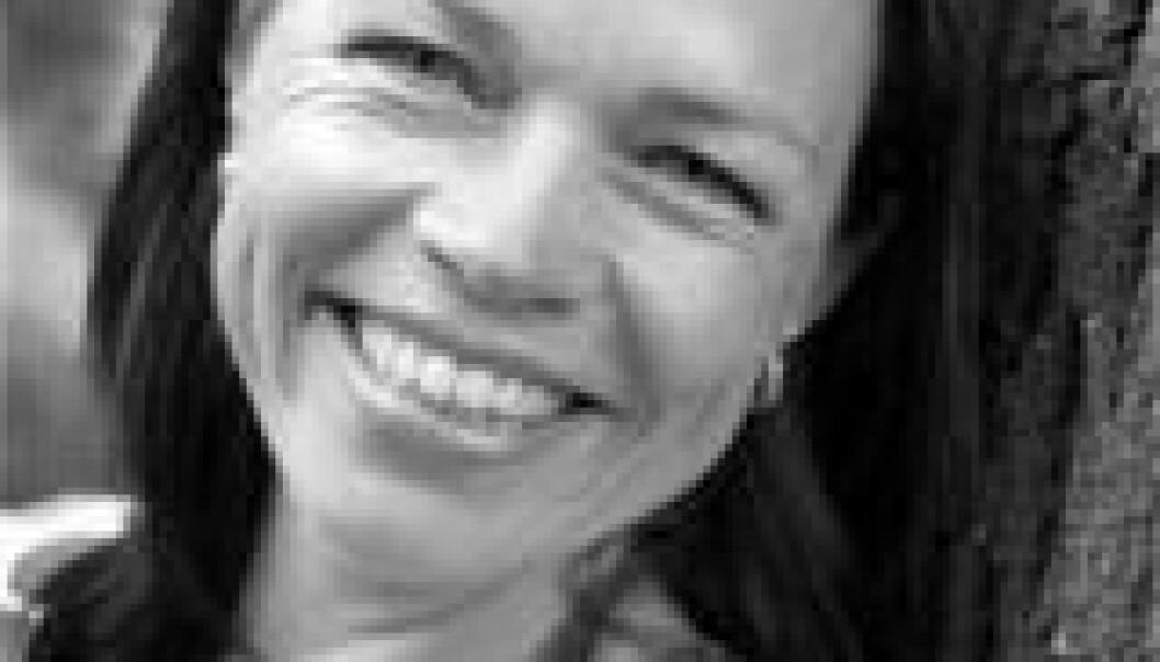 """""""Maria Bäckman driver feltarbeid i en skoleklasse utenfor Stockhom. foto: Mia Åkermark/Orasis"""""""