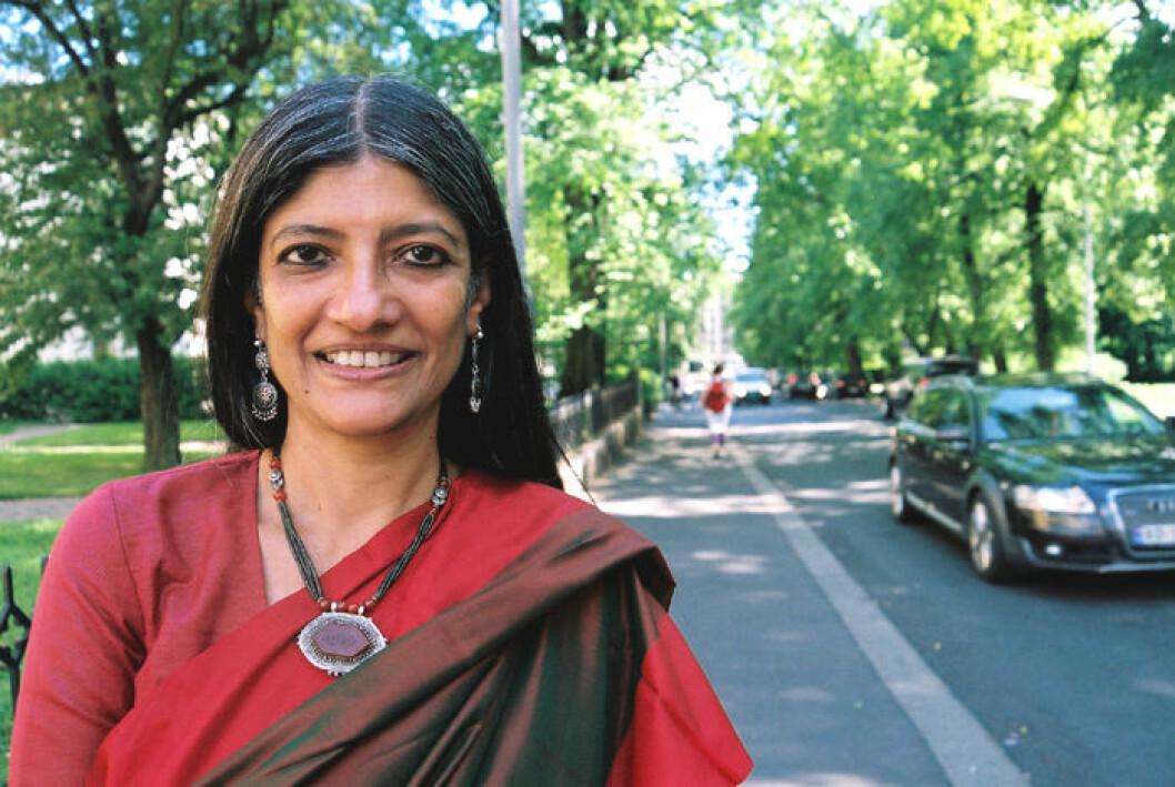 Professor Jayati Ghosh ved Centre for Economic Studies ved Jawaharlal Nehru University i Dehli, India, mener at dagens matvarekrise i stor grad er skapt av spekulasjon i handelen med mat. (Foto: Asle Rønning)