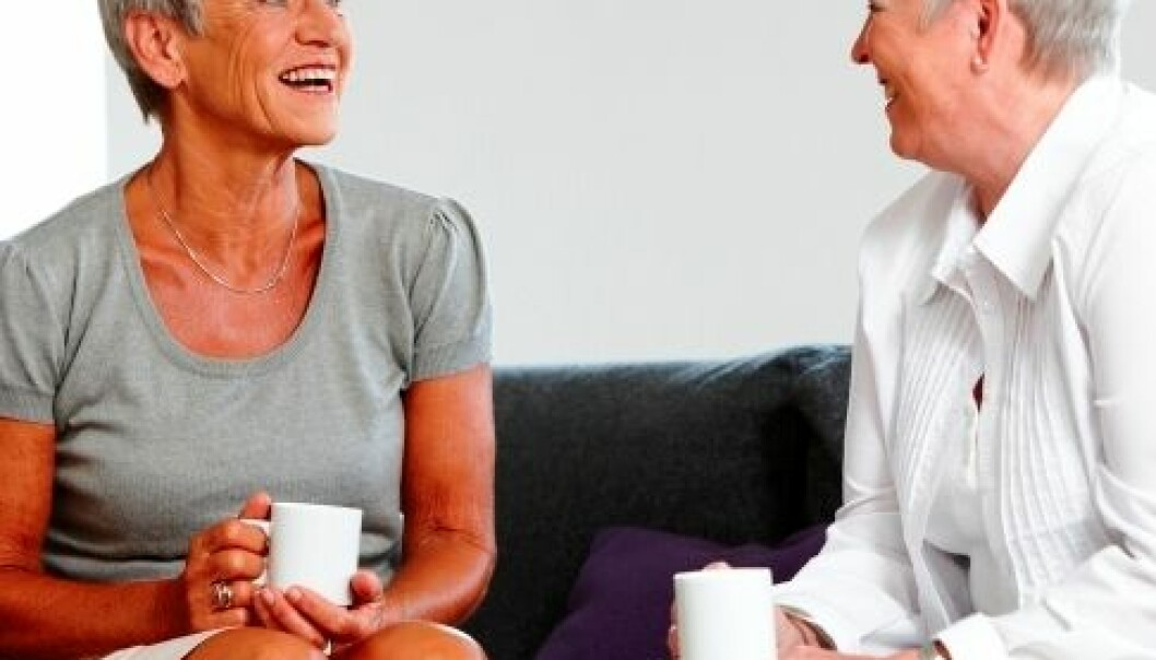 Viktigere med et sosialt liv, enn barn og barnebarn, for en lykkelig pensjonisttilværelse. (Foto: www.colorbox.no)