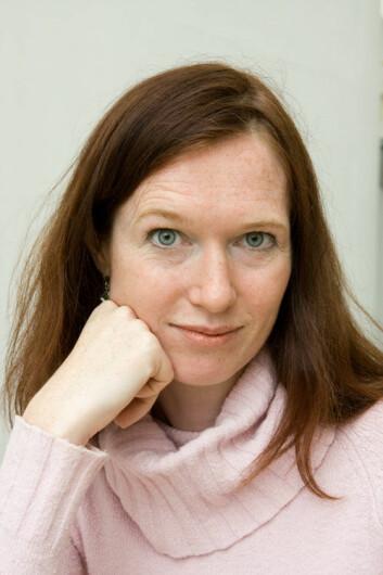 - Norske politikere tilpasser seg i stor grad journalistenes krav i stedet for selv å stille premissene, sier Kjersti Thorbjørnsrud.(Foto: Annica Thomsson)