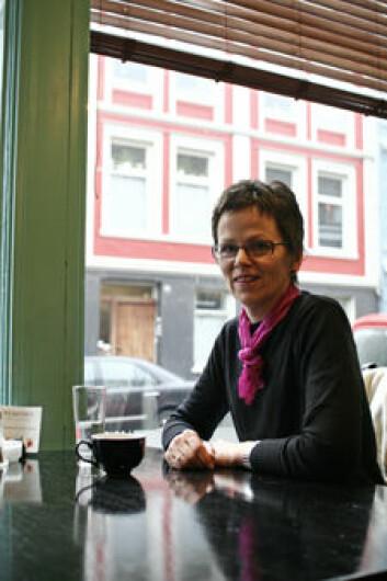 Jofrid Bjørkvik har forsket på sammenhengen mellom depresjon og selvaktelse, og disputerte til doktorgraden ved UiB denne måneden.