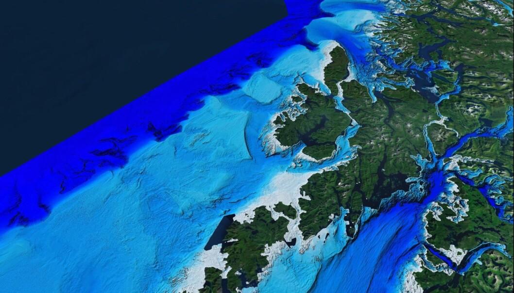 MAREANO-området sett fra satellittperspektiv med Lofoten og Vestfjorden i sør, og eggakanten og Tromsøflaket i nord. I horisonten skimtes Svalbard. (Illustrasjon: MAREANO)
