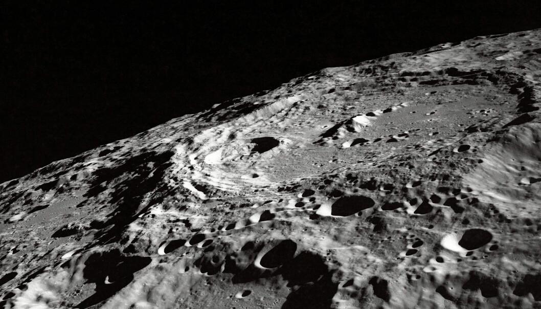 Månens kratre kartlagt